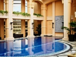 The Langham Hotel Swimming Pool
